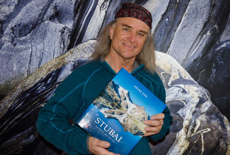 Fotograf Heinz Zak mit dem Stubai Fotoband
