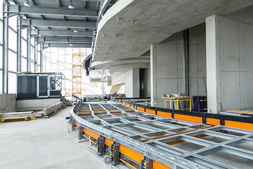Innenansicht Mittelstation Eisgratbahn