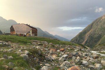 18 Sonnenuntergang Sulzenauhütte Stubai Tirol