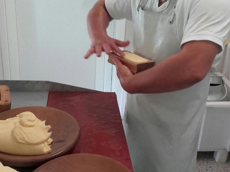 Butter machen | TVB Stubai