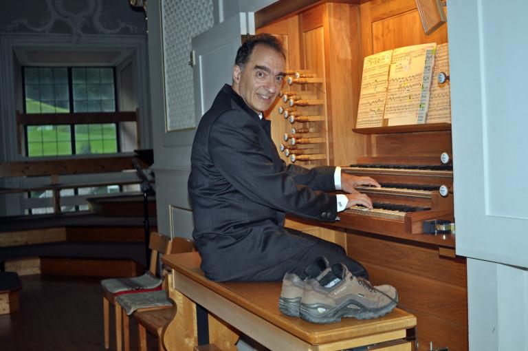 filippo-manci-orgel-bergschuhe