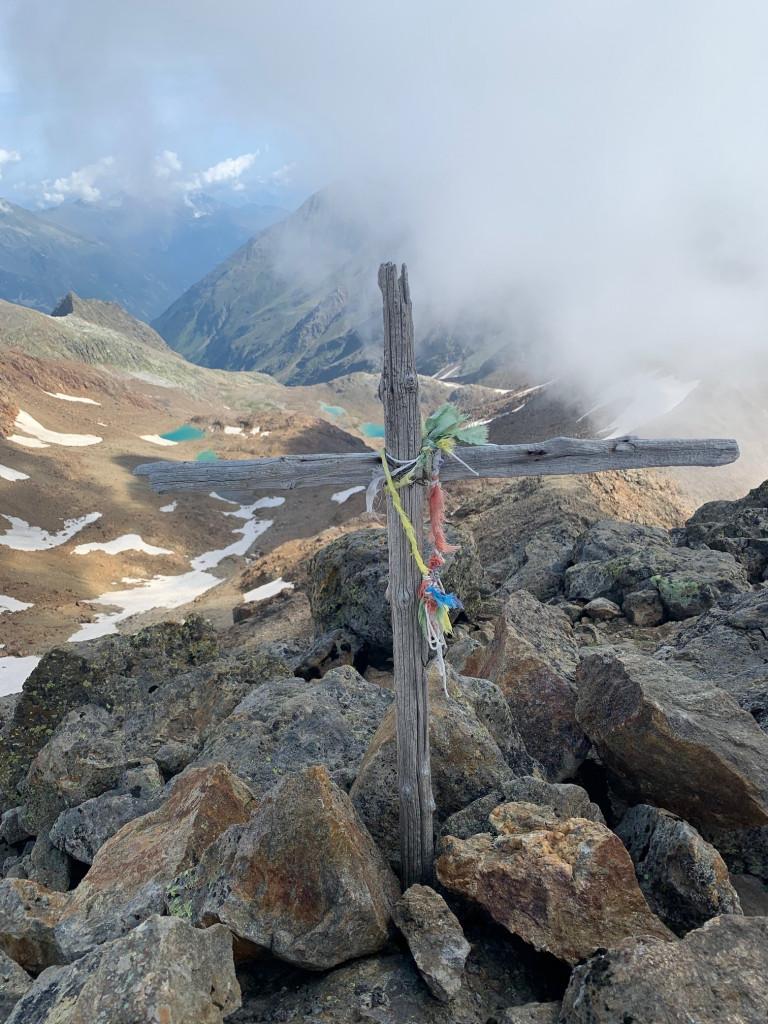 Gipfelkreuz-Roter Grat-Pfurtscheller_12