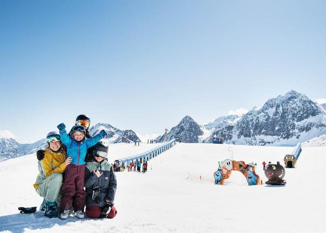 BIG-Family-Stubaier-Gletscher.jpg
