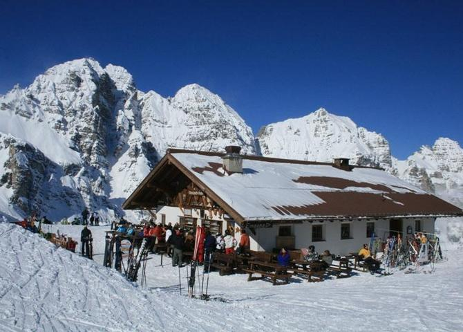 Sennjoch-Hütte Winter