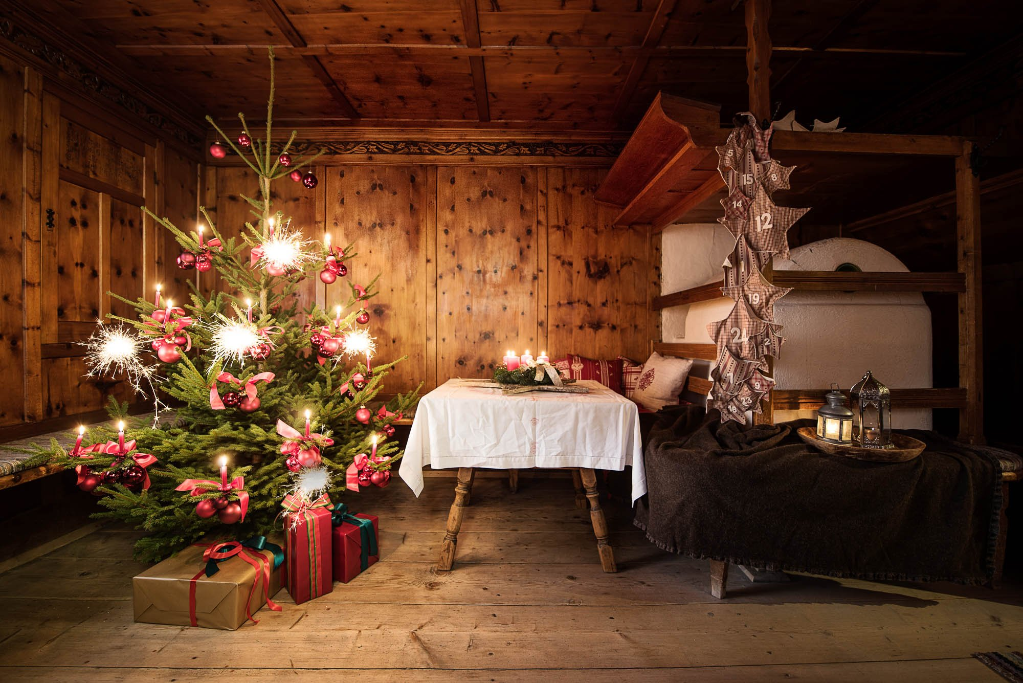 christmas eve in a farmhouse parlour. Black Bedroom Furniture Sets. Home Design Ideas